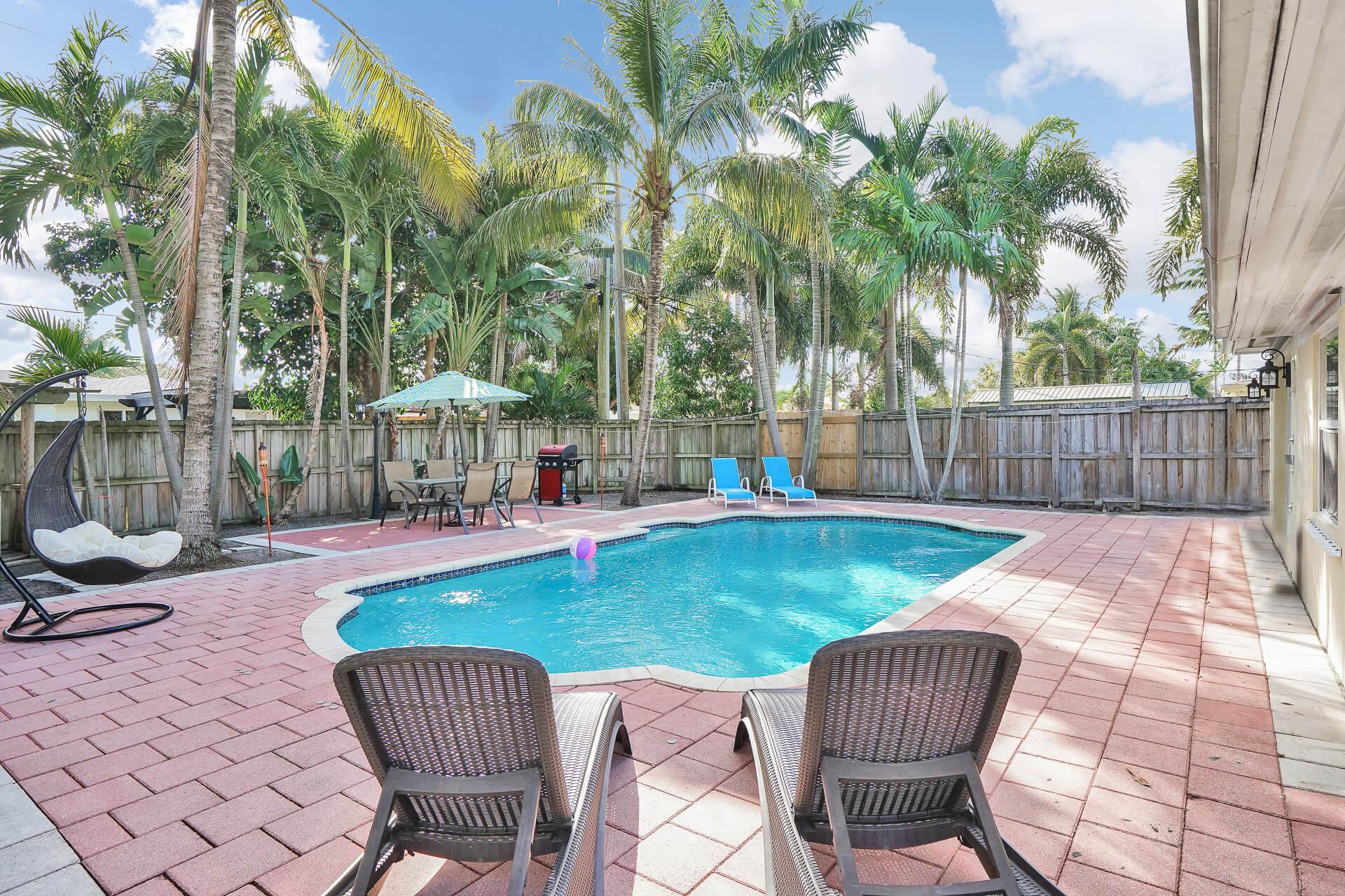 piscine exterieur d'une maison a fort lauderdale